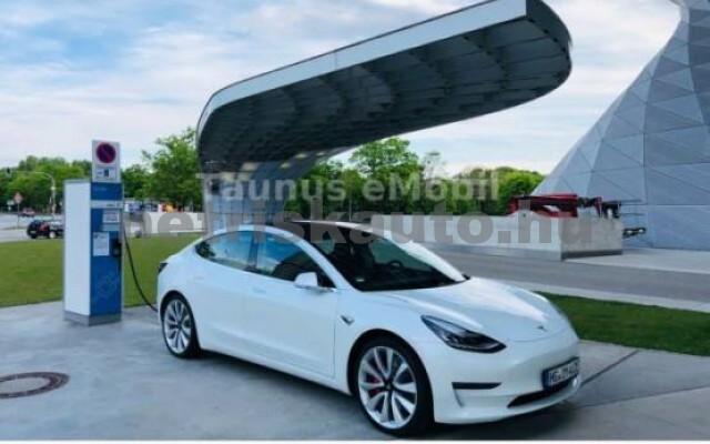 TESLA Model 3 személygépkocsi - 2000cm3 Kizárólag elektromos 39938 2/7