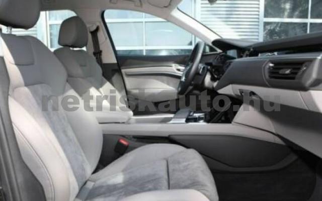 AUDI e-tron személygépkocsi - cm3 Kizárólag elektromos 109705 6/12