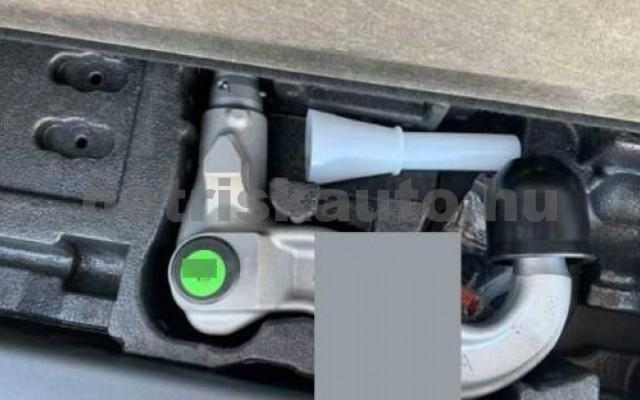 Discovery személygépkocsi - 2993cm3 Diesel 105550 10/11