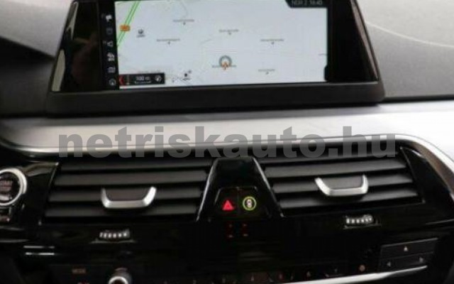 530 személygépkocsi - 2993cm3 Diesel 105158 9/9