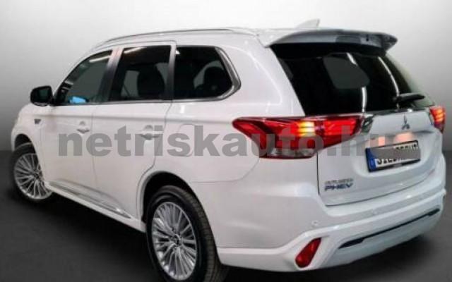 Outlander személygépkocsi - 2360cm3 Hybrid 105710 3/10