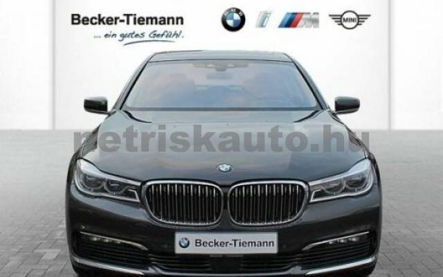 BMW 750 személygépkocsi - 4395cm3 Benzin 43011 2/7