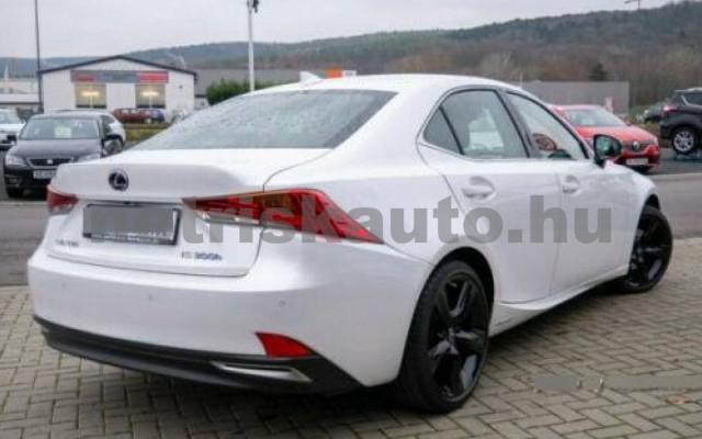 LEXUS IS 300 személygépkocsi - 2494cm3 Hybrid 110746 2/7