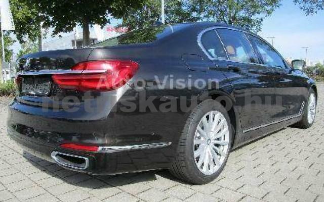 BMW 730 személygépkocsi - 2993cm3 Diesel 55619 2/5