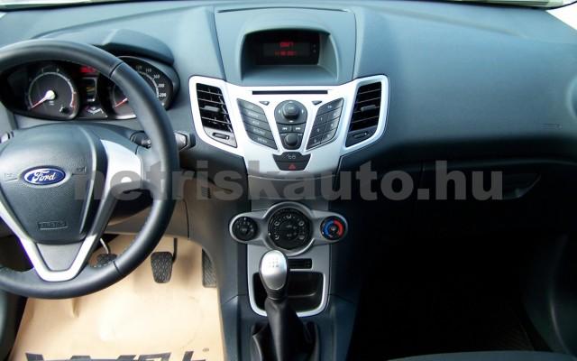 FORD Fiesta 1.25 Ambiente személygépkocsi - 1242cm3 Benzin 104520 8/12