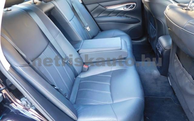 INFINITI Q70 3.5 V6 Hybrid Premium Aut. EU6 személygépkocsi - 3498cm3 Hybrid 25289 11/12
