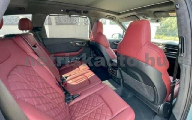 SQ7 személygépkocsi - 3996cm3 Benzin 104930 11/11