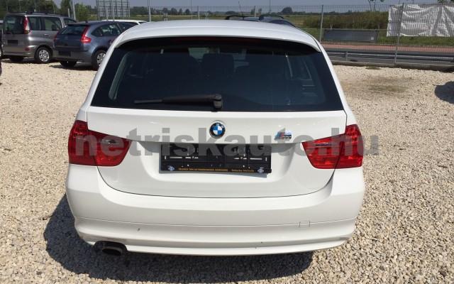 BMW 3-as sorozat 318i személygépkocsi - 1995cm3 Benzin 17672 6/12