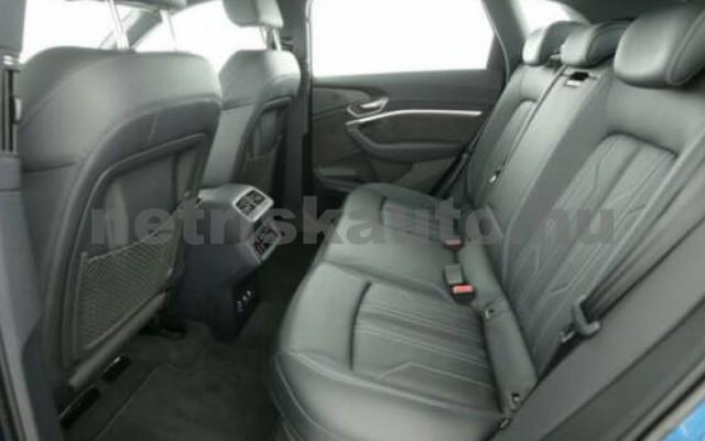 AUDI e-tron személygépkocsi - cm3 Kizárólag elektromos 104987 5/6