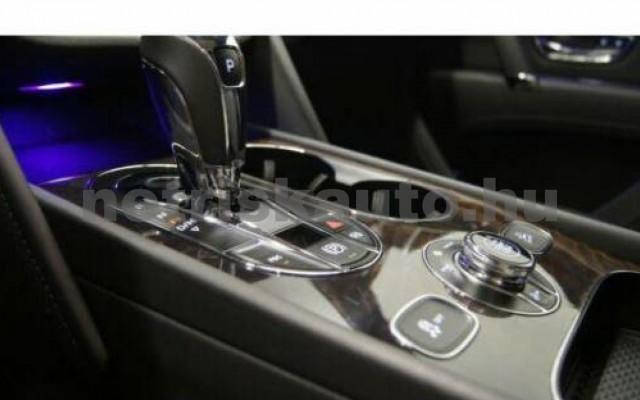 Bentayga személygépkocsi - 3956cm3 Diesel 105015 10/12