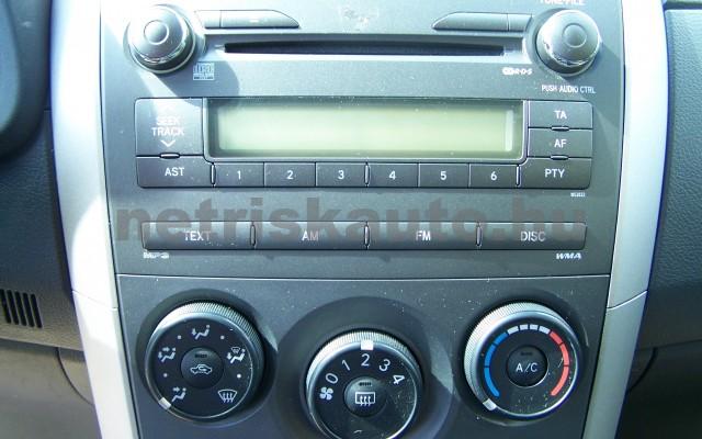 TOYOTA Corolla 1.4 Luna személygépkocsi - 1398cm3 Benzin 27466 9/12