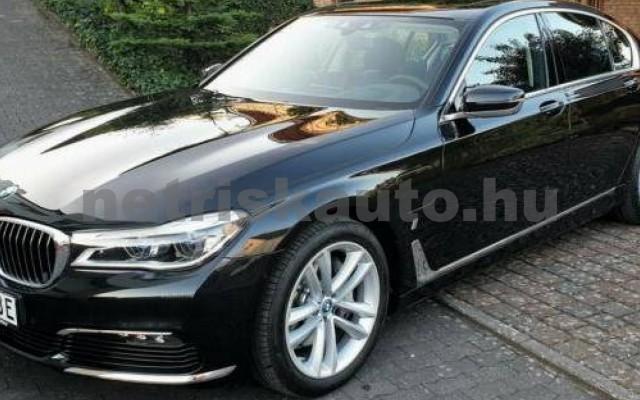 BMW 740 személygépkocsi - 1998cm3 Hybrid 105167 2/12