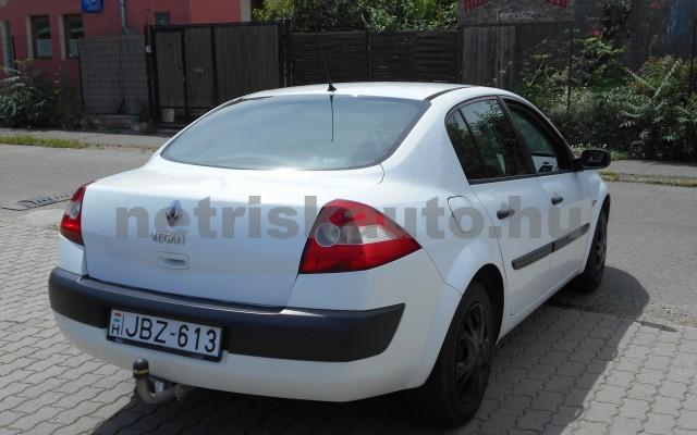 RENAULT Mégane 1.6 Authentique személygépkocsi - 1598cm3 Benzin 18331 3/8