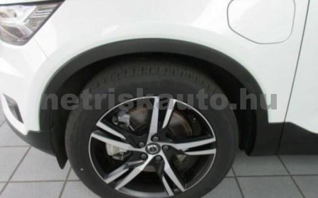XC40 személygépkocsi - 1477cm3 Hybrid 106444 2/11