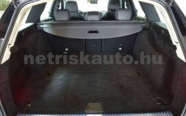 E 400 személygépkocsi - 2925cm3 Diesel 105867 11/12