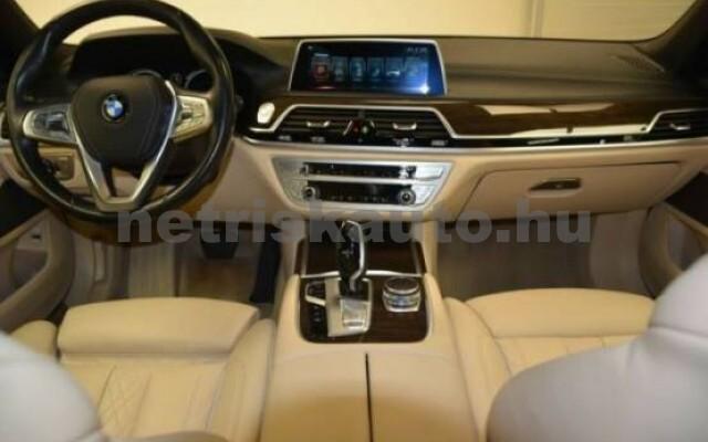BMW 750 személygépkocsi - 4395cm3 Benzin 43000 3/7