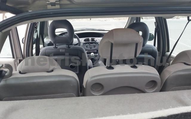 CITROEN Xsara Picasso 1.6 SX személygépkocsi - 1587cm3 Benzin 47425 10/11