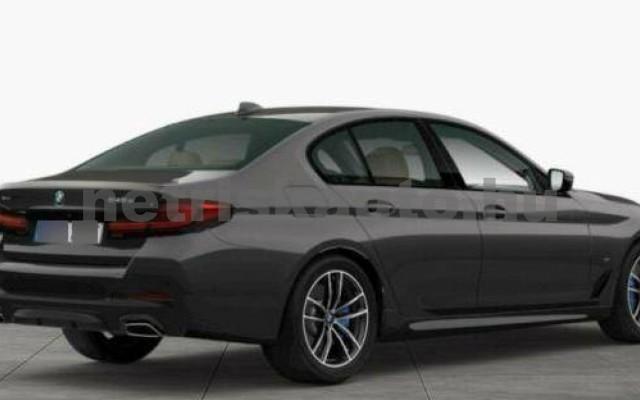 545 személygépkocsi - 2998cm3 Hybrid 105114 2/3