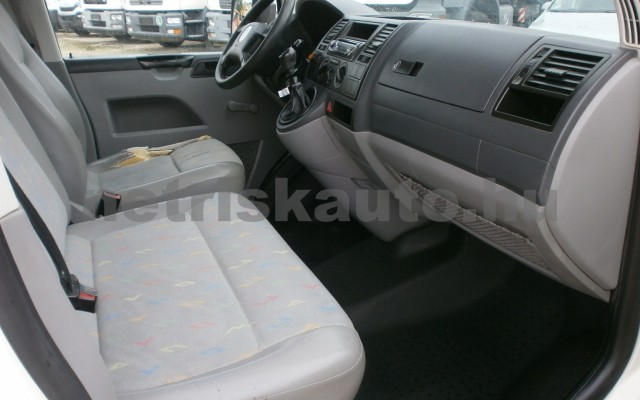 VW Transporter 1.9 TDI tehergépkocsi 3,5t össztömegig - 1896cm3 Diesel 98299 9/10