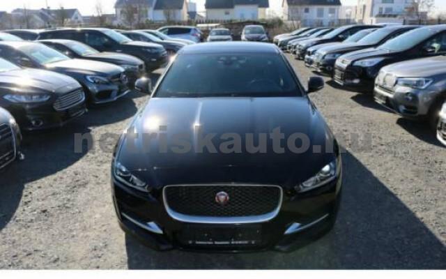 JAGUAR XE személygépkocsi - 1999cm3 Benzin 43377 2/7