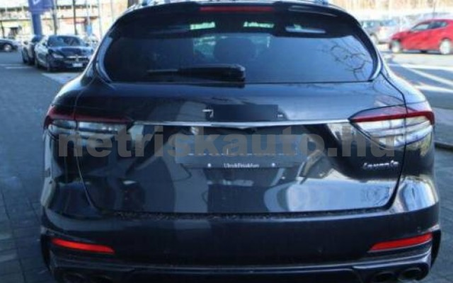 Levante személygépkocsi - 3799cm3 Benzin 105683 4/12