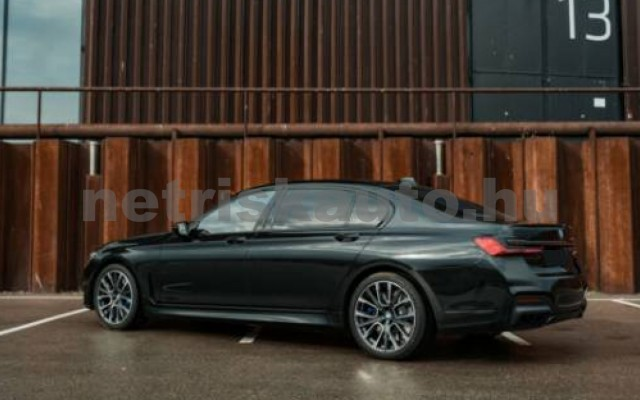 BMW M760 személygépkocsi - 6592cm3 Benzin 55704 2/7
