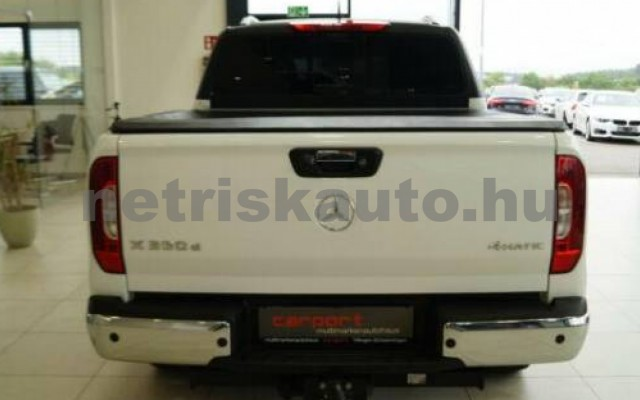 X 350 személygépkocsi - 2987cm3 Diesel 106163 3/11