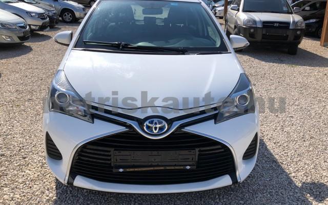 TOYOTA Yaris 1.5 HSD Active e-CVT személygépkocsi - 1497cm3 Hybrid 81435 10/12