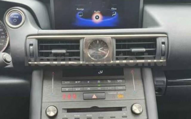LEXUS IS 300 személygépkocsi - 2494cm3 Hybrid 110609 9/10