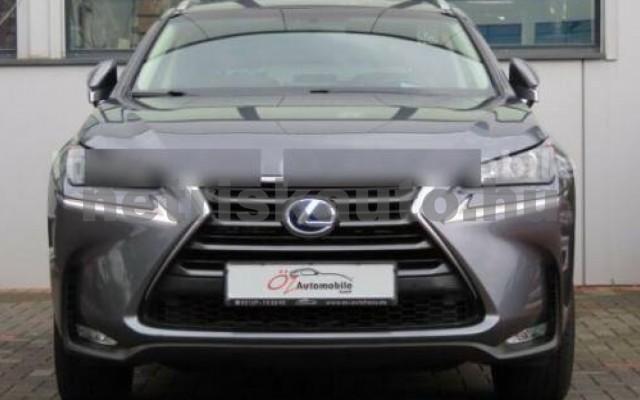 LEXUS NX 300 személygépkocsi - 2494cm3 Hybrid 110678 7/12