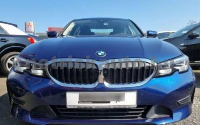 BMW 330 személygépkocsi - 1998cm3 Benzin 109792 4/10