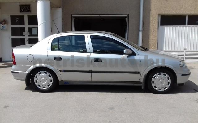 OPEL Astra 1.4 16V Club személygépkocsi - 1388cm3 Benzin 27430 4/10