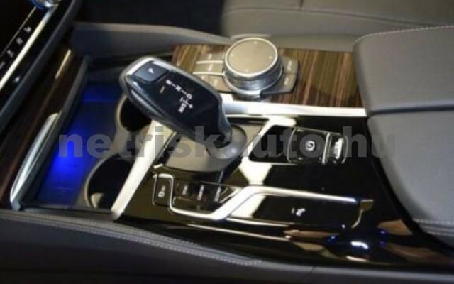 520 személygépkocsi - 1995cm3 Diesel 105130 11/12