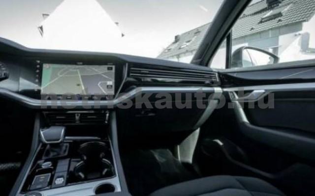 Touareg személygépkocsi - 2967cm3 Diesel 106384 8/12