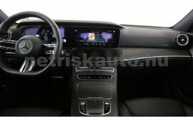 E 400 személygépkocsi - 2925cm3 Diesel 105864 5/8