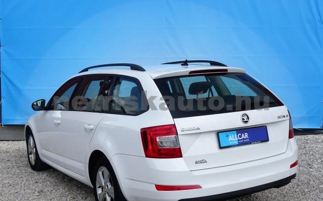SKODA Octavia 1.6 CR TDI Elegance DSG személygépkocsi - 1598cm3 Diesel 18625 5/12