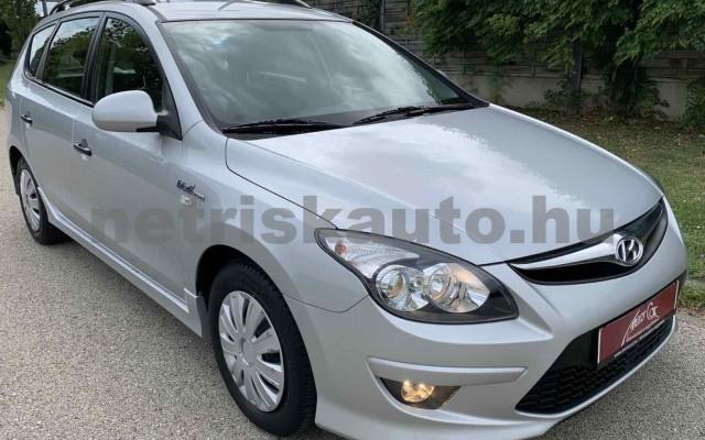 HYUNDAI i30 CW személygépkocsi - 1396cm3 Benzin 106520 3/35