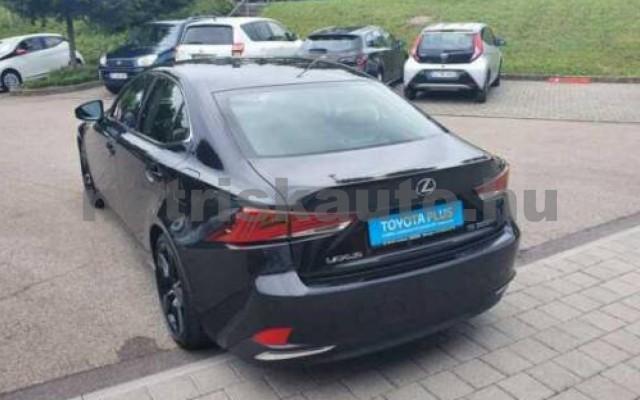 LEXUS IS 300 személygépkocsi - 2494cm3 Hybrid 110609 2/10