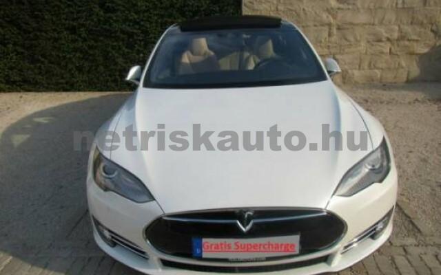 TESLA Model S személygépkocsi - 2000cm3 Kizárólag elektromos 39962 2/7