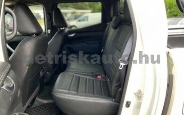 X 350 személygépkocsi - 2987cm3 Diesel 106146 10/12