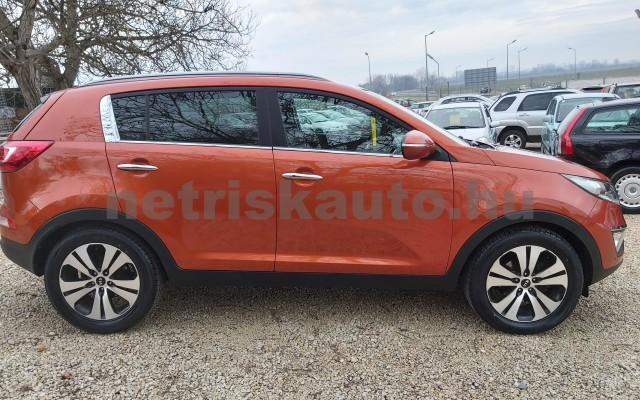 KIA Sportage 2.0 CRDi EX 4x4 Aut. személygépkocsi - 1995cm3 Diesel 22478 7/12