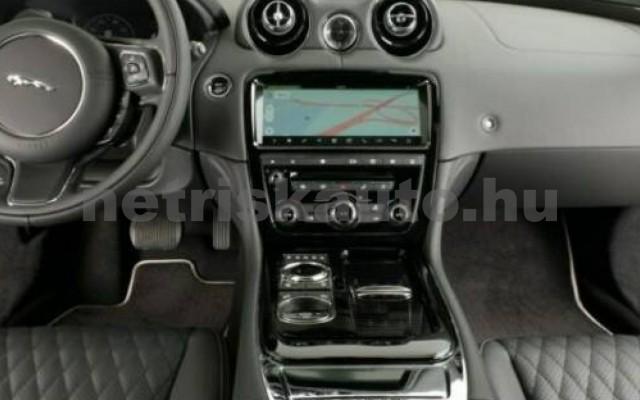 XJ személygépkocsi - 2993cm3 Diesel 105458 8/12