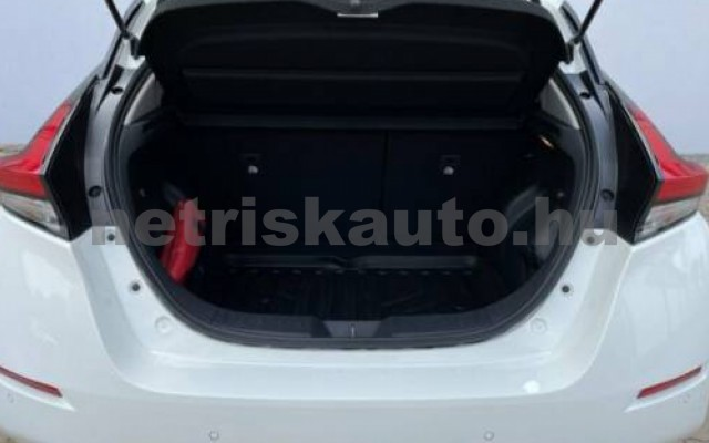 Leaf személygépkocsi - cm3 Kizárólag elektromos 106153 4/11