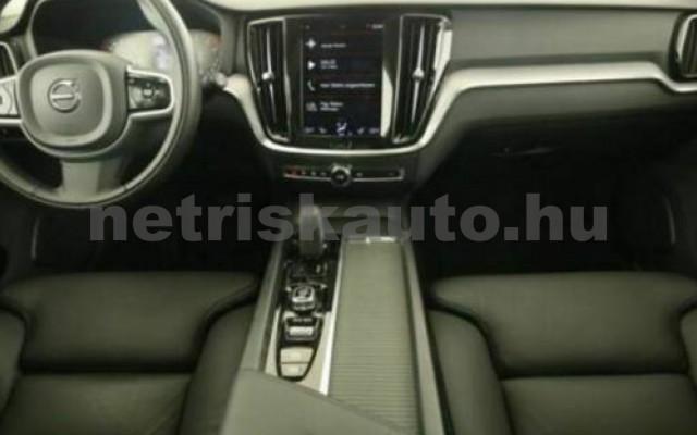 V60 személygépkocsi - 1969cm3 Hybrid 106399 7/10