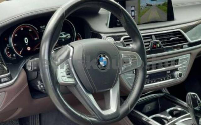 BMW 750 személygépkocsi - 2993cm3 Diesel 110059 10/11