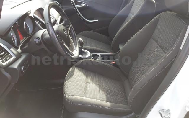 OPEL Astra 2.0 CDTI Enjoy személygépkocsi - 1956cm3 Diesel 19948 10/12
