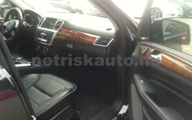 MERCEDES-BENZ M-osztály ML 500 BlueEFFICIENCY Aut. személygépkocsi - 4663cm3 Benzin 20168 11/12
