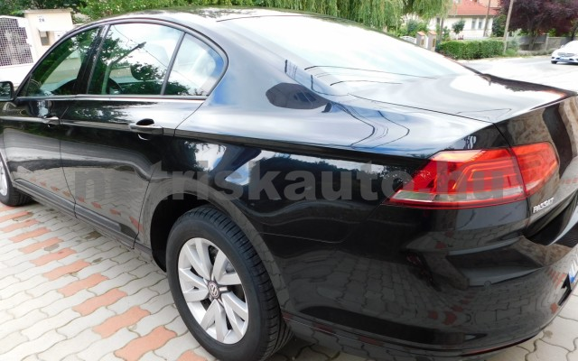 VW Passat 1.4 TSI BMT Trendline DSG személygépkocsi - 1395cm3 Benzin 19053 2/12
