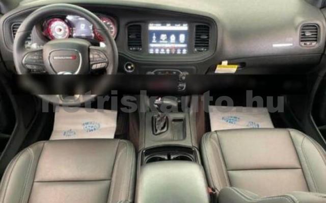 Charger személygépkocsi - 5654cm3 Benzin 105405 2/2