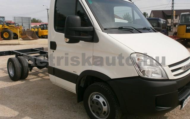 IVECO 35 35 C 18 3450 Aut. tehergépkocsi 3,5t össztömegig - 2998cm3 Diesel 44689 3/9